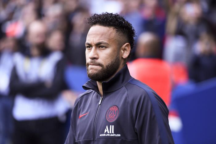 Loi. Altercation entre le joueur du PSG, Neymar, et un supporter rennais.
